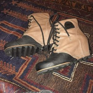 SOREL PDX Wedge Lace-Up Boot NWOT